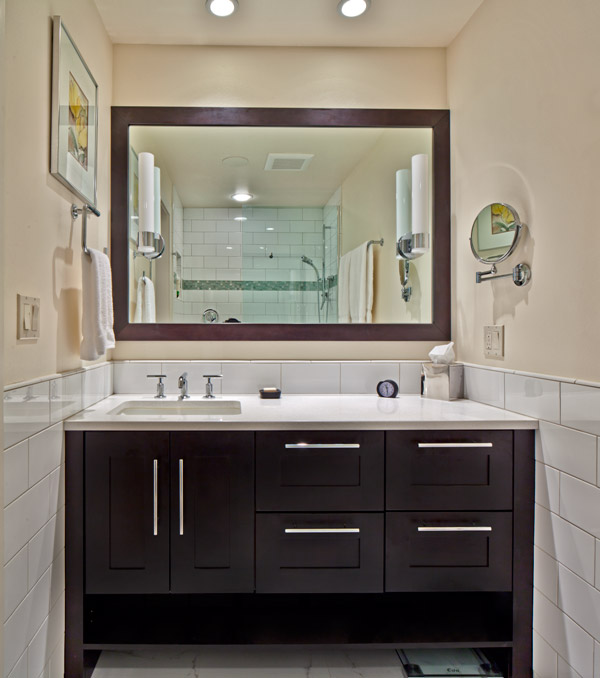 servicelane wall to wall vanity